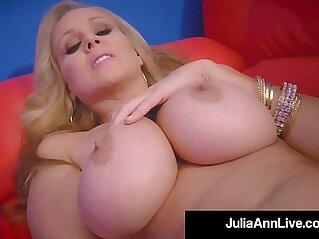 rubbing  ,  striptease   chinese porn