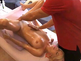 massage: Tessa Taylor massage