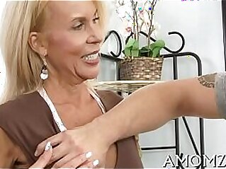 doggy  ,  hardcore  ,  mature  ,  MILF  ,  mom   chinese porn