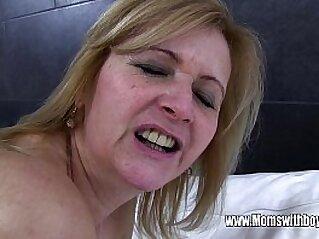 cumshot  ,  granny  ,  hardcore  ,  mature  ,  MILF   chinese porn